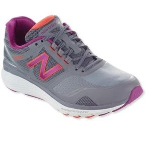 New balance rapid rebound tennis shoes